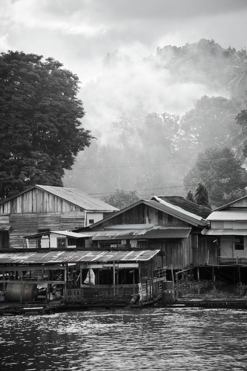 Huisjes langs de Mahakam rivier