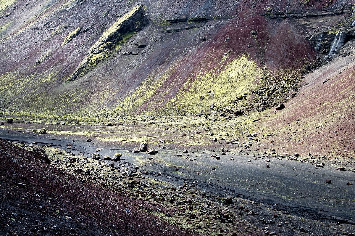 Kleurrijk in omgeving van Landmannalaugar