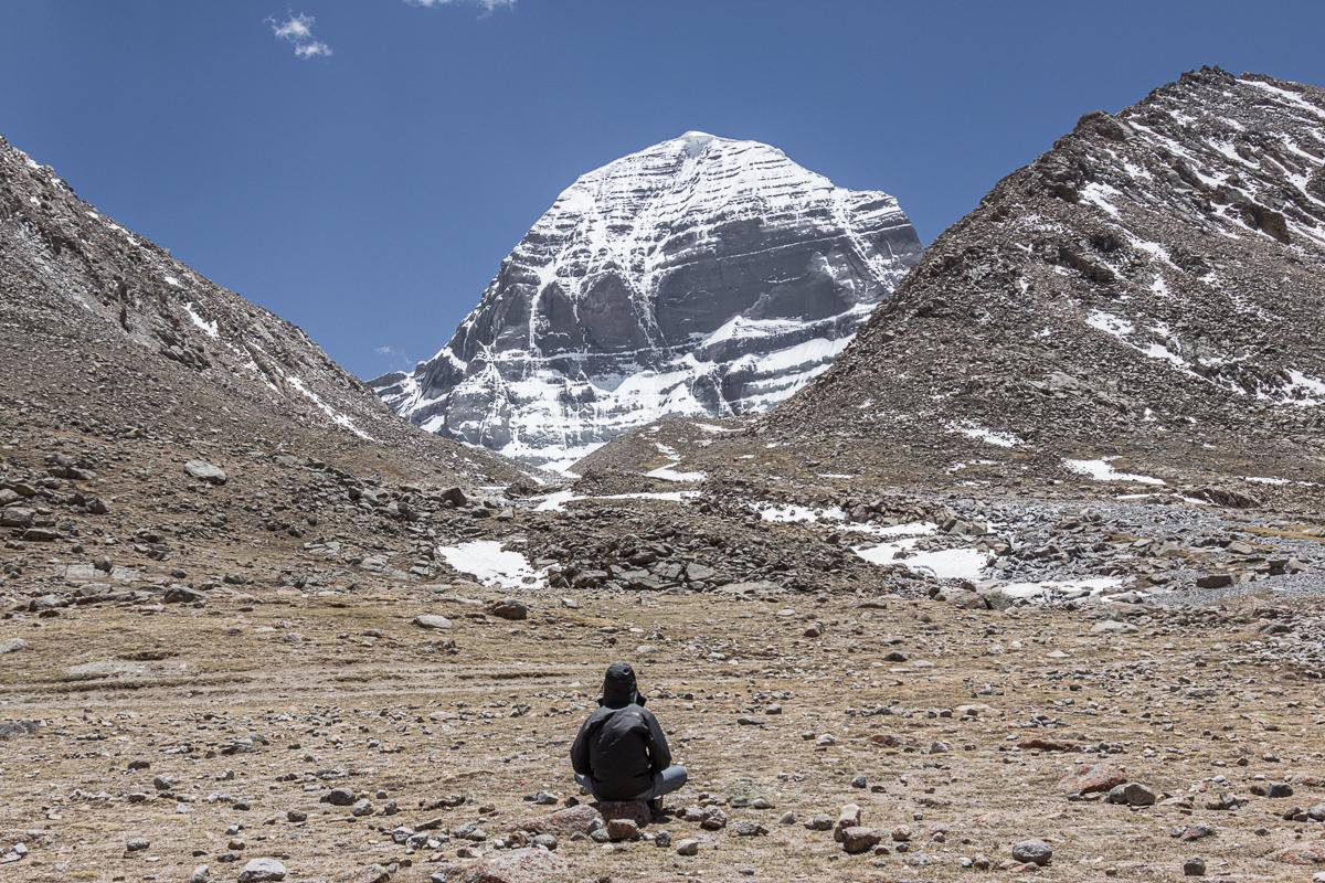 Mediteren aan de noordzijde van Mount Kailash